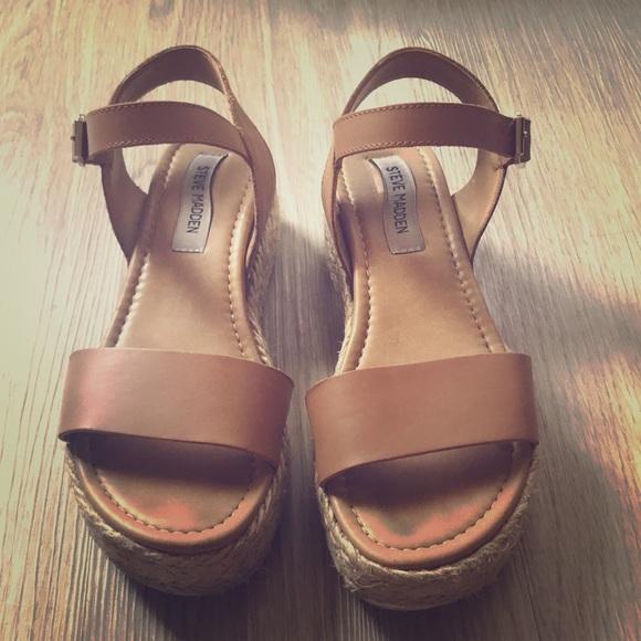 eadb9106c645 Women s Steve Madden Chiara sandal size 7. M 5b75b63fb6a942c829262106